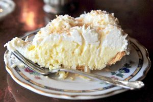 old-fashioned-coconut-cream-pie_11361